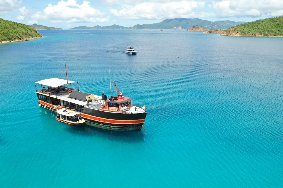 Legendary Floating Bar Willy T, BVI