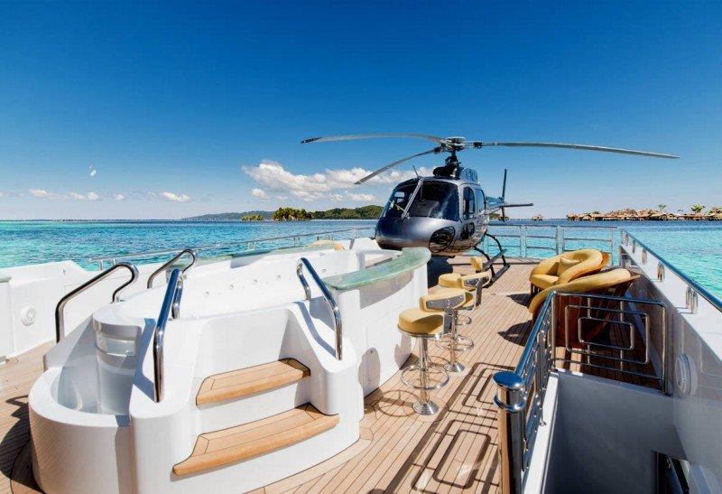 yacht charter jacuzzi helipad