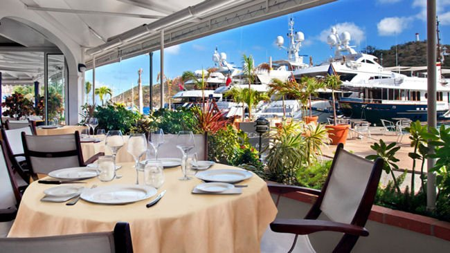 restaurant infront of yachts