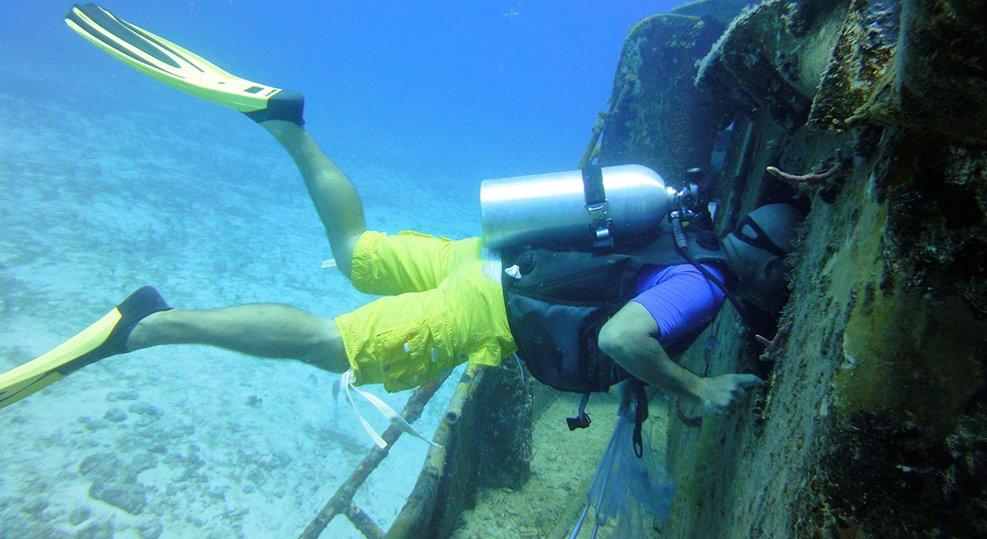 st barts wreck dive