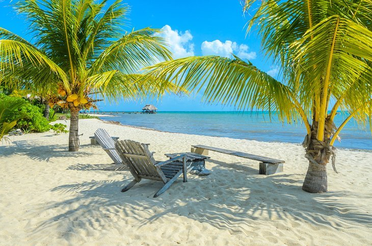placencia yacht charter
